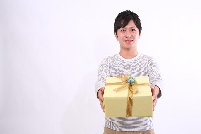 祝社会人!プレゼントは何?お世話になった先輩への贈り物