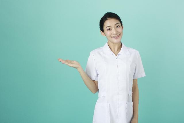 腹痛の原因はストレスかも!病院を受診すべきか迷ったら…