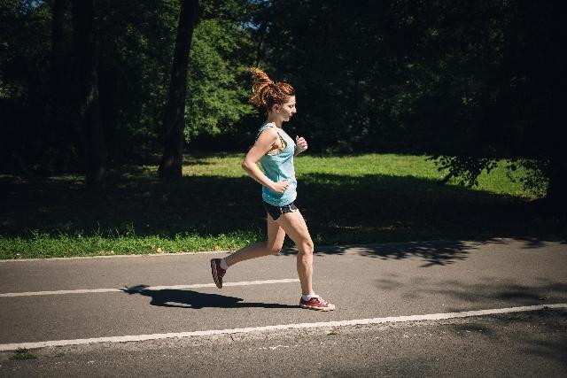 ジョギング ランニング マラソン