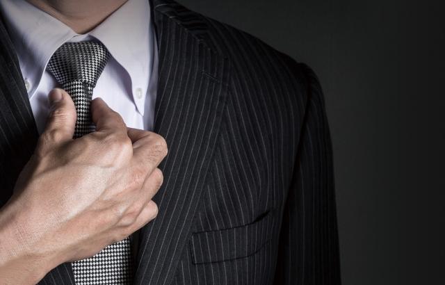 リクルートスーツ 男性 定義
