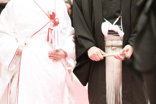 両親が不仲な場合、結婚式はどうする?親が与える影響とは…